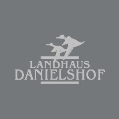 Referenz Kunde Kundenstimme Hotel Landhaus Danielshof - caesar data & software - Online-Buchungssystem, IBE, Homepage-Buchbarkeit, Web Design